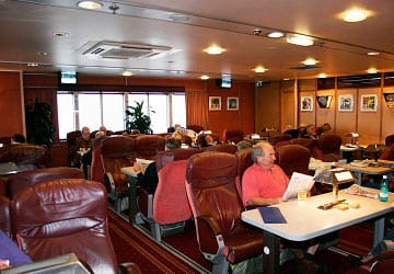 condor_ferries_commodore_clipper_club_class_lounge_area